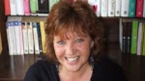 Author Interview with Christina Jones