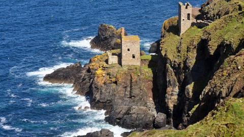 John Jackson: The Botallack, a Cornish Icon