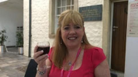 Lynda Stacey: Thank you reader!