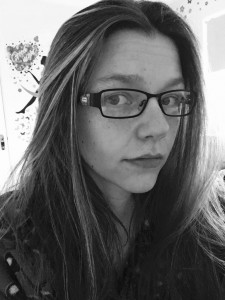 Kaisha Holloway - Book Blogger, Reviewer and more!